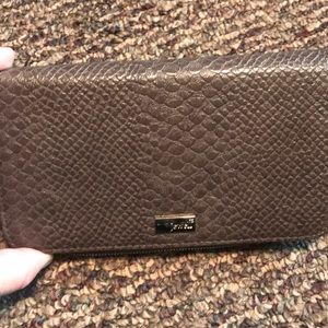 Thirty-One All About the Benjamins wallet